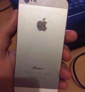 iPhone 5 и чехол зарядной