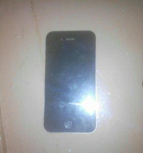 Продам айфон 4 с коцками только севодня