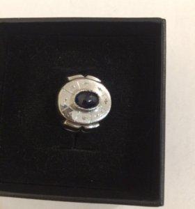 Мужской золотой перстень с сапфиром и брильянтами