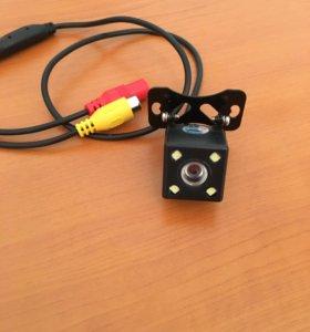 Автомобильная цветная камера с подсветкой