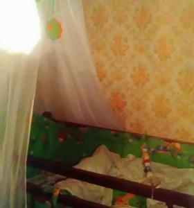 Кроватка детская с бортиками, балдахином,матрасом