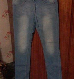 НОВЫЕ мужские фирменные джинсы!!!