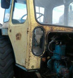 Трактор ЮМЗ-6