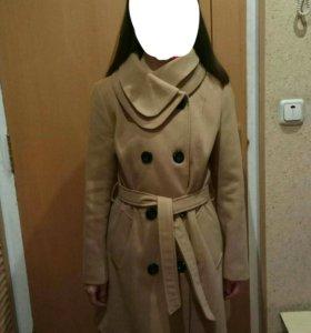 Новое пальто. 40-42 размер