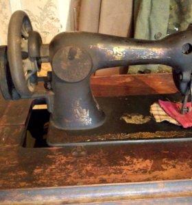 Швейная машинка Singer (Zinger) 19 века