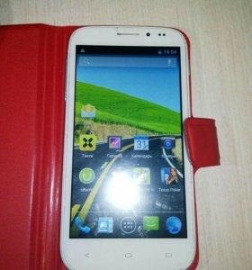 Телефон Fly iQ4404