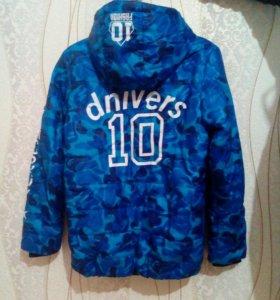 Куртка демисезонная для мальчика 10-12 лет