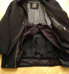 Мужская куртка Yierman.54 размер.