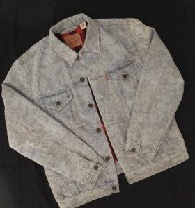 Supreme Levi's Snakeskin Trucker Jacket