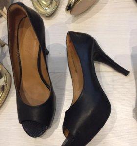 Туфли чёрные cvetski, р38