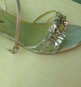 Босоножки/туфли !новые!
