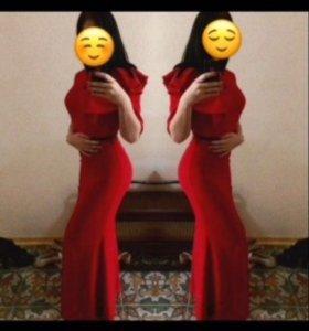 Платье красное 😍