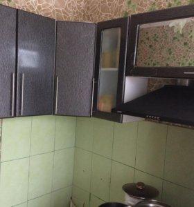 Верхняя часть углового кухонного гарнитура