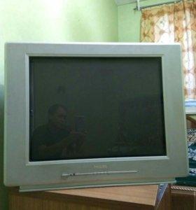 Телевизор Philips 72 см