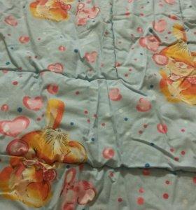 Детское одеяло в кровать.