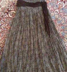 Длинная расклешенная юбка