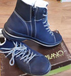 Новые ботинки зима. CAPILANO