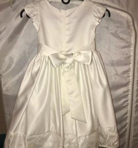 Платье на девочку размер 5-110