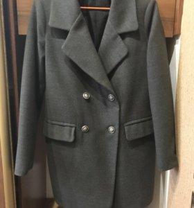 Пальто,демисезонное