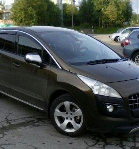 Peugeot 3008 ,2011 года