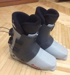 Горнолыжные ботинки 42