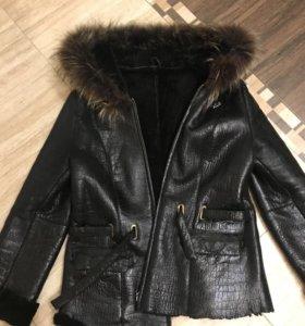 Зимняя куртка ( натуральная кожа, овчина)