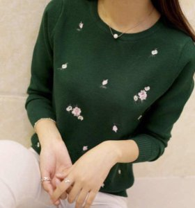 Новый женский свитер.
