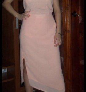 Платье и костюм