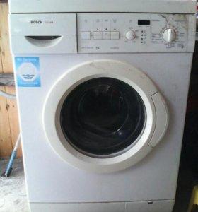 Продам стиральную машину BOSCH на запчасти