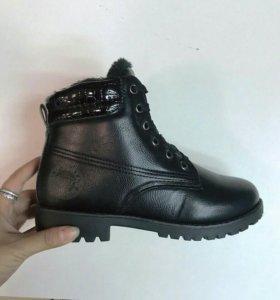 Новые, женские зимние ботиночки!