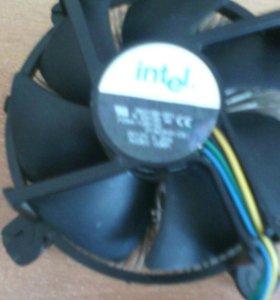 Боксовый кулер Intel
