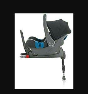 Автокресло Romer baby safe + isofix