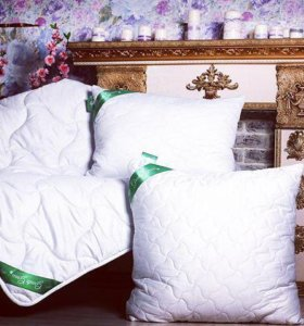 Подушки и одеяло