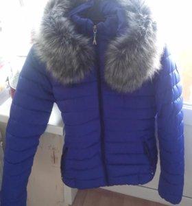 куртка зимняя с меховым капюшоном