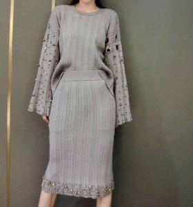 Костюм (юбка+кофта )