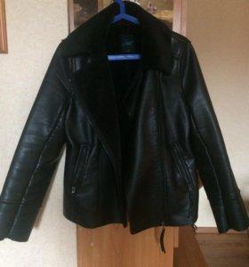 Женская куртка,М