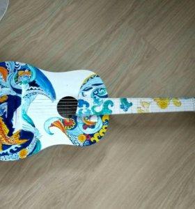 Декоративная гитара.