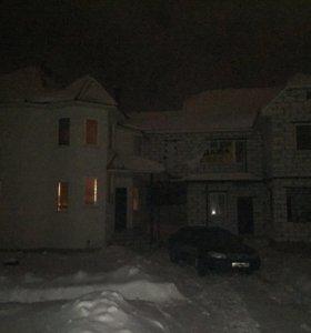 Дом, 313 м²