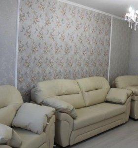 Прямой кожаный диван