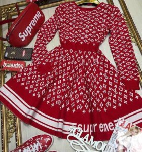Платье LouisVuitton Supreme