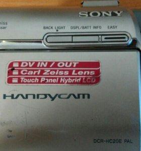 Видеокамера Sony (касетная)