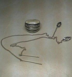 Серебряные кольцо и серьги