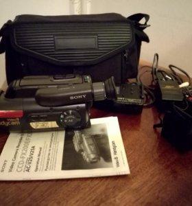видеокамера SONY CCD-FX270E,+ об'ёмный об'ектив