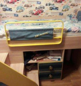 Кровать - чердак фирмы Джинс