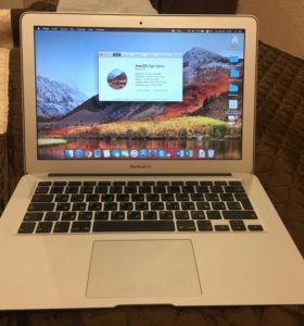"Apple MacBook Air 13"". 2010 late."