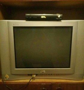 Телевизор. JVC AV-210 WEb