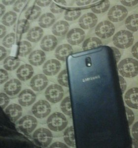 Samsung Galaxy j7 17 года