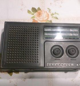 Радиоприёмник Альпинист-418