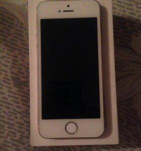 iPhone 5S на 64 гб. iOS 10.3.1 с коробкой и тд LTE