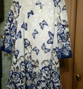 Продается платье 48 размер